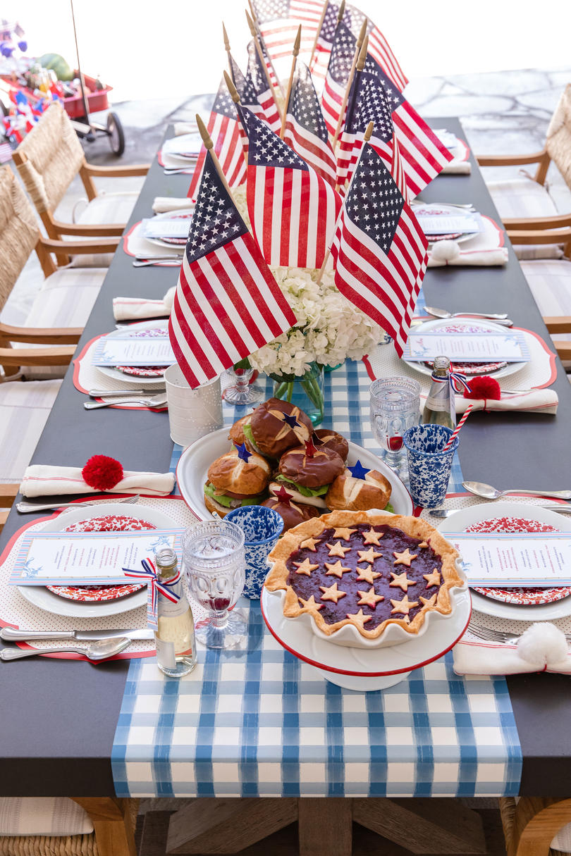Decorate Your Home for a 4th of July with Style