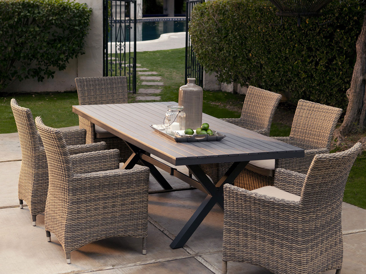 Patio Furniture – How to Find Comfort and Beauty