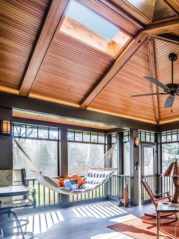 porch with skylights