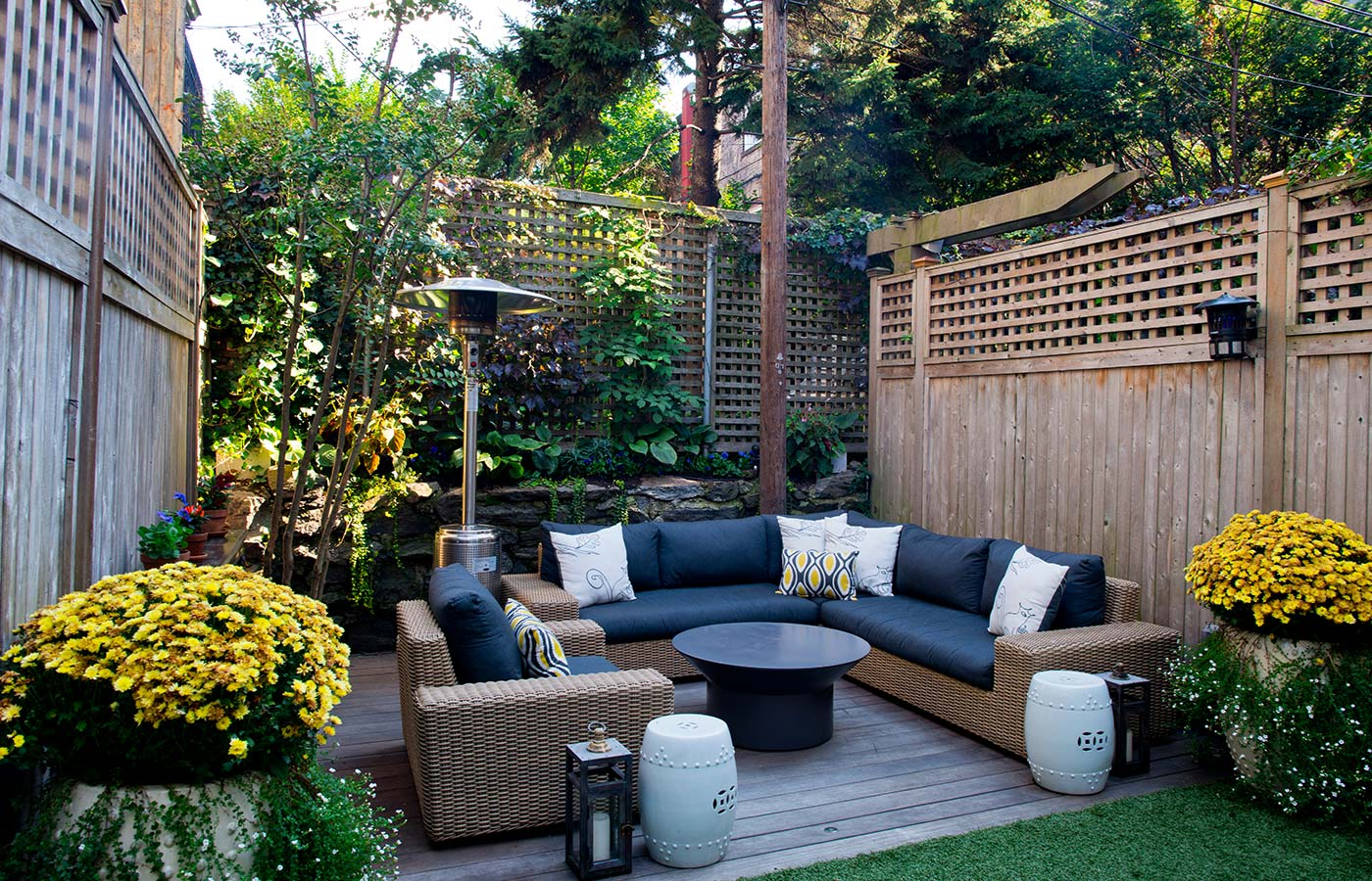 Creating Outdoor Living Spaces